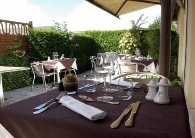 restaurant-avec-terrasse-lyonslaforet